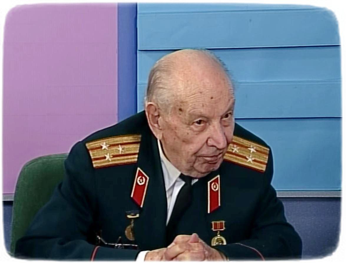 Петро Цюпенко на ефірі, присвяченому 65-річчю Великої Перемоги