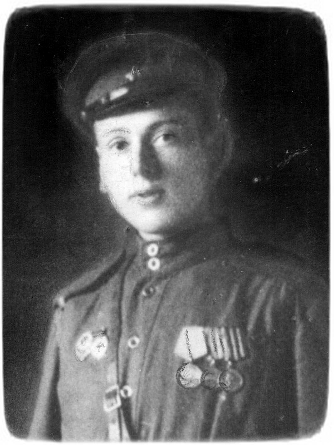 Яків Пасічник, 1945 рік.