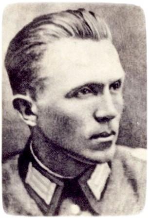 Кузнецов Николай Иванович в форме немецкого офицера, 1942 год.