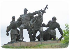 Мемориальный комплекс в Балыко-Щучинке посвященный подвигу бойцов Букринского плацдарма.