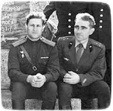 После удачного запуска «Луна -7 ». 1965 , 4 октября. Справа - начальник отделения наземных заправочных коммуникаций Владимир Орешкин.